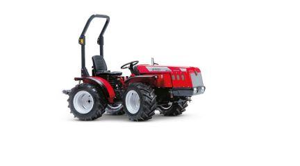 Traktor TIGRE 3200