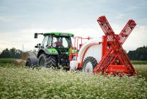 WHY CHOOSE THE HLX SPRAY BOOMS