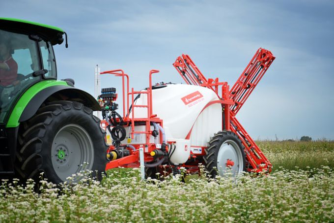 5 TIPS ON HOW TO SET THE MACHINE BEFORE SPRAYING