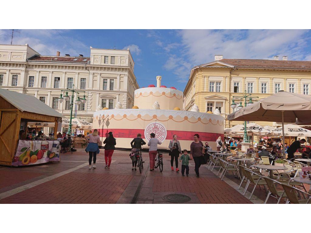 Torta ob 300. letnici podelitve mestnih pravic_Szeget